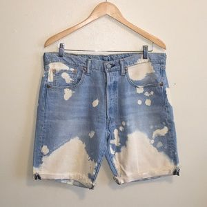 NWOT Levi's 501 denim shorts